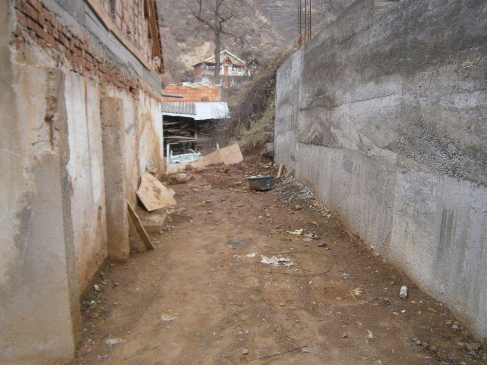 Stützmauer 2